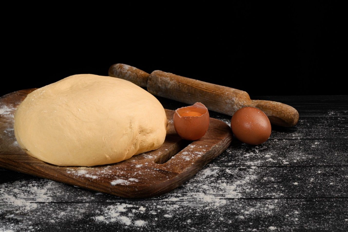 C:\Users\Dell\Downloads\dough-preparation-yeast-dough-pies-rolling-pin-with-flour-dark.jpg
